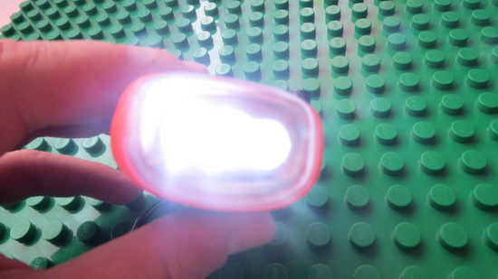 Dynamo-Solar-Powered-3-LEDs-Flashlight
