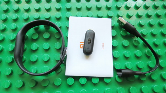 Unboxing Xiaomi Mi Band 1s Heart Rate Wristband China