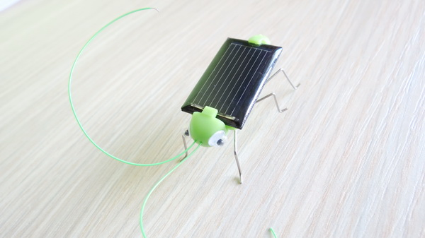 solar-powered-grasshopper-12