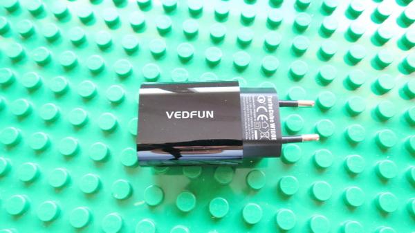 vedfun-turbocube-w100e-qc3-0-usb-wall-charger-18