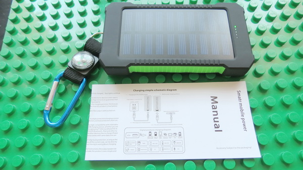 solar-panel-10000mah-power-bank-34