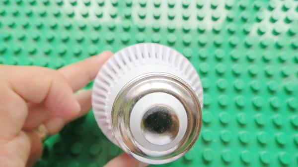 zweihnder-800lm-e27-9w-led-globe-bulb-10