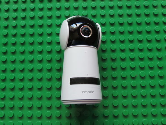 Unboxing Zmodo 1080p HD Pan and Tilt Camera ZH-IZV2F-WAC