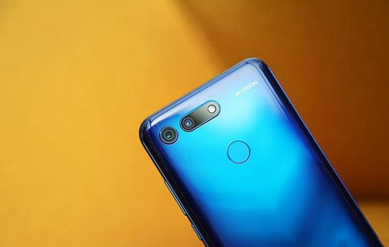 Huawei Honor V20
