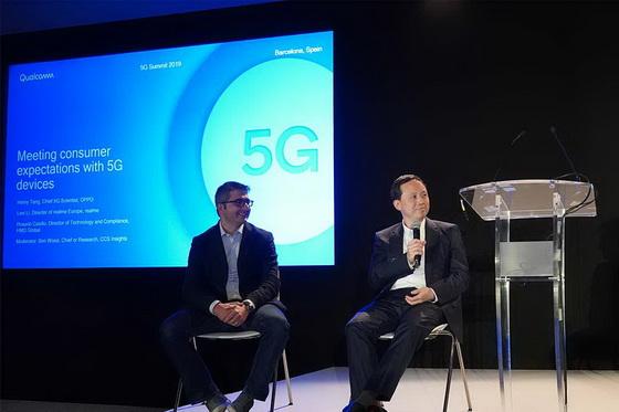 dual-mode 5G smartphone