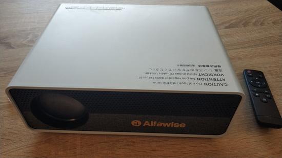 Alfawise Q9 BD1080P