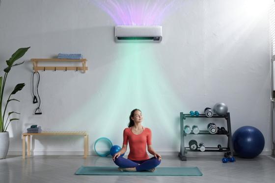 Wind-Free Air Conditioner